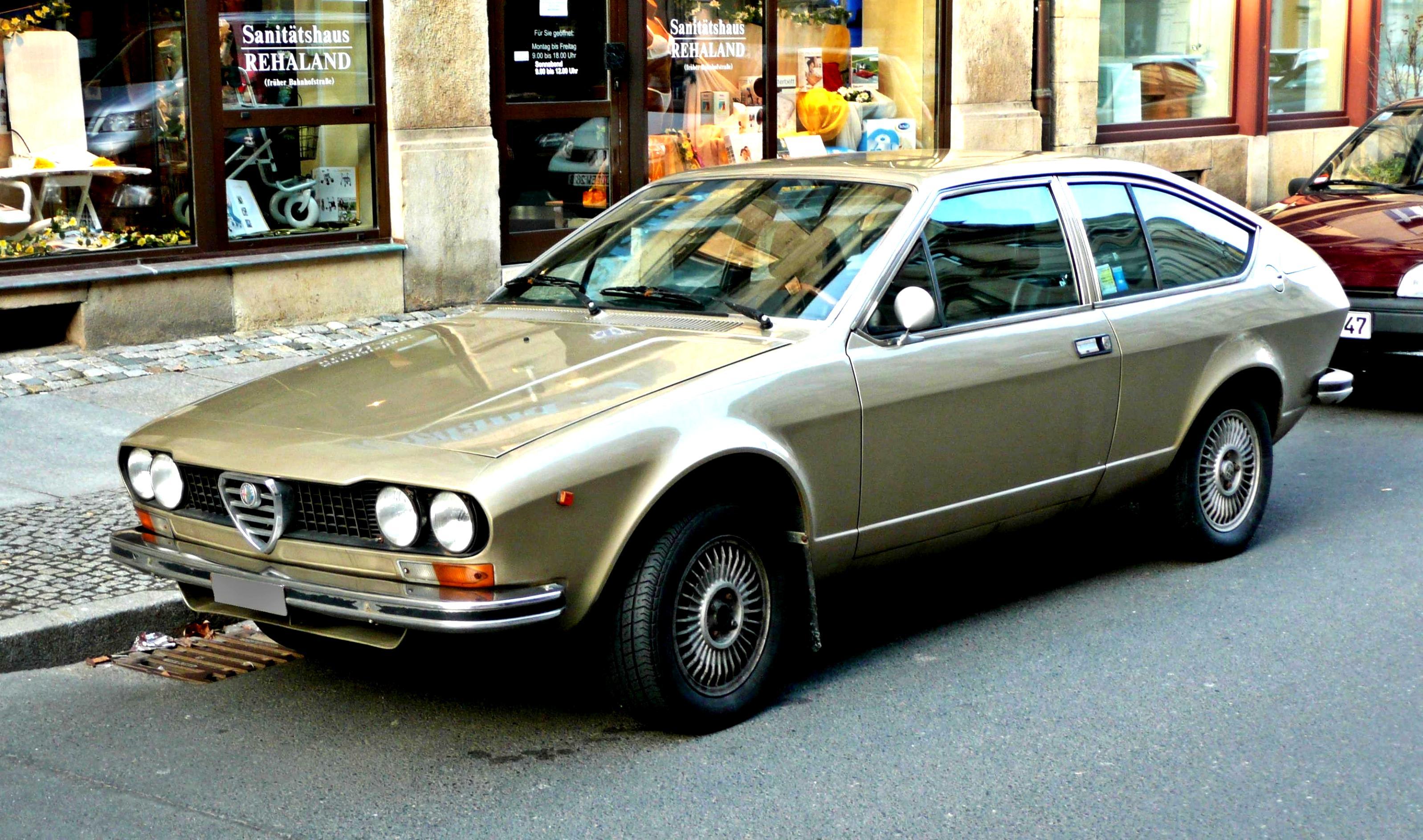 Alfa Romeo vehicles on MotoImg