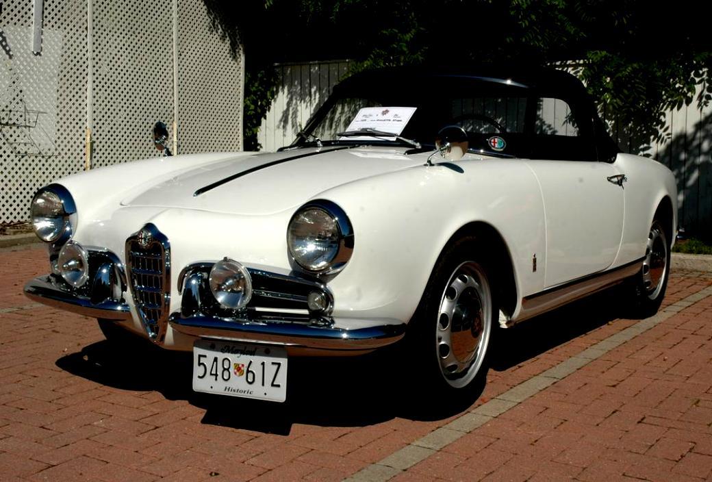 Alfa Romeo Giulietta Berlina 1955 On Motoimg