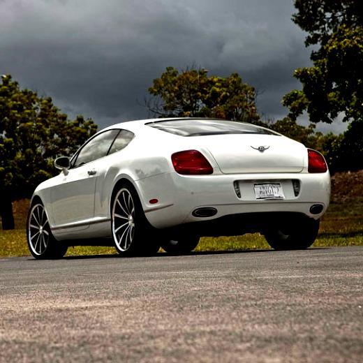Bentley Continental GT 2003 On MotoImg.com