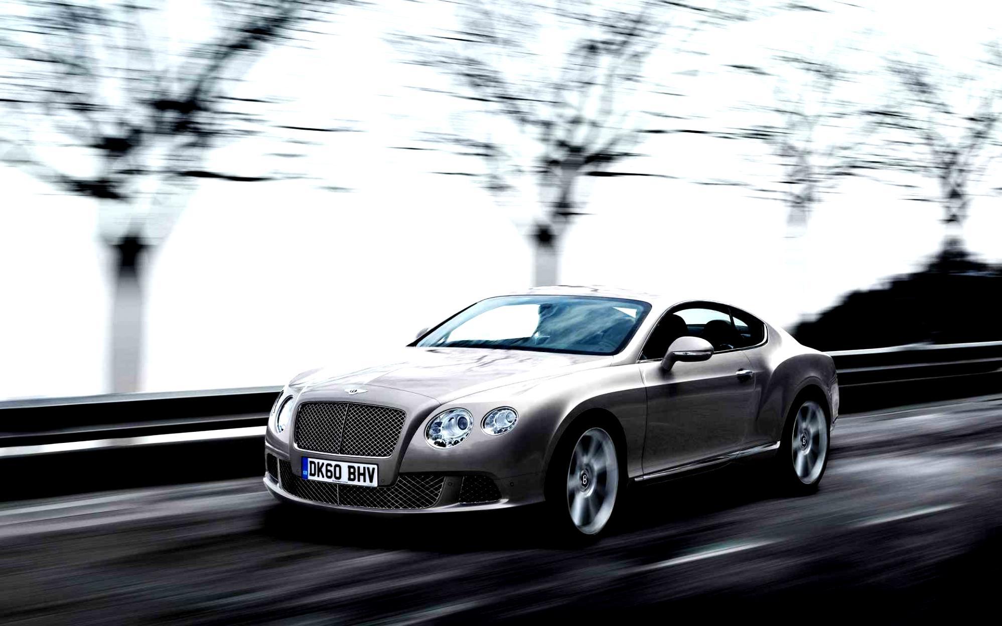 синий автомобиль Continental GT Speed загрузить