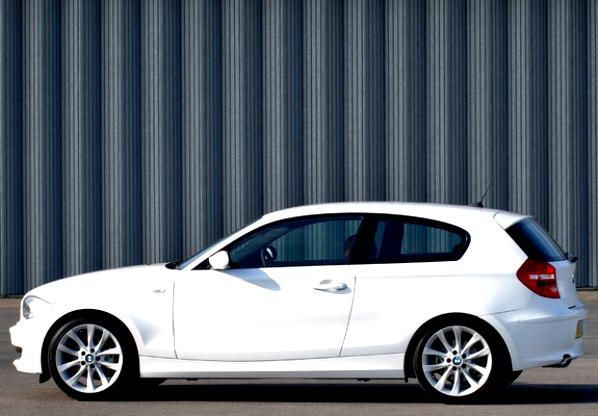 BMW 1 Series 3 Doors E81 2007 #7