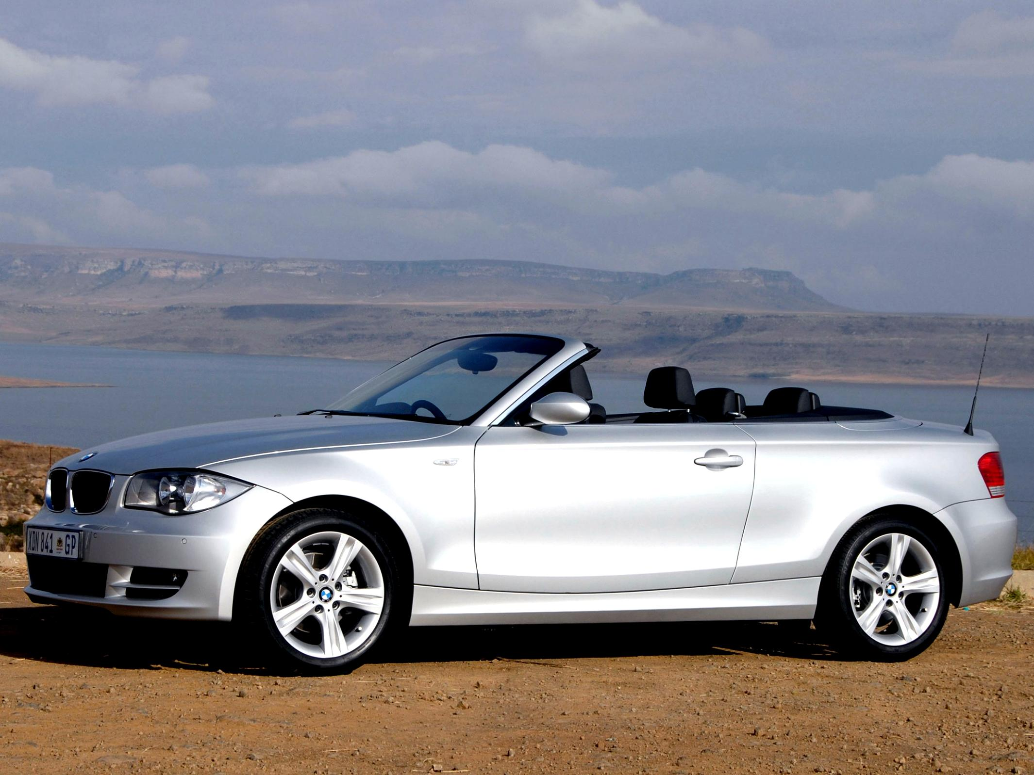 BMW 1 Series Cabriolet E88 2010 #11