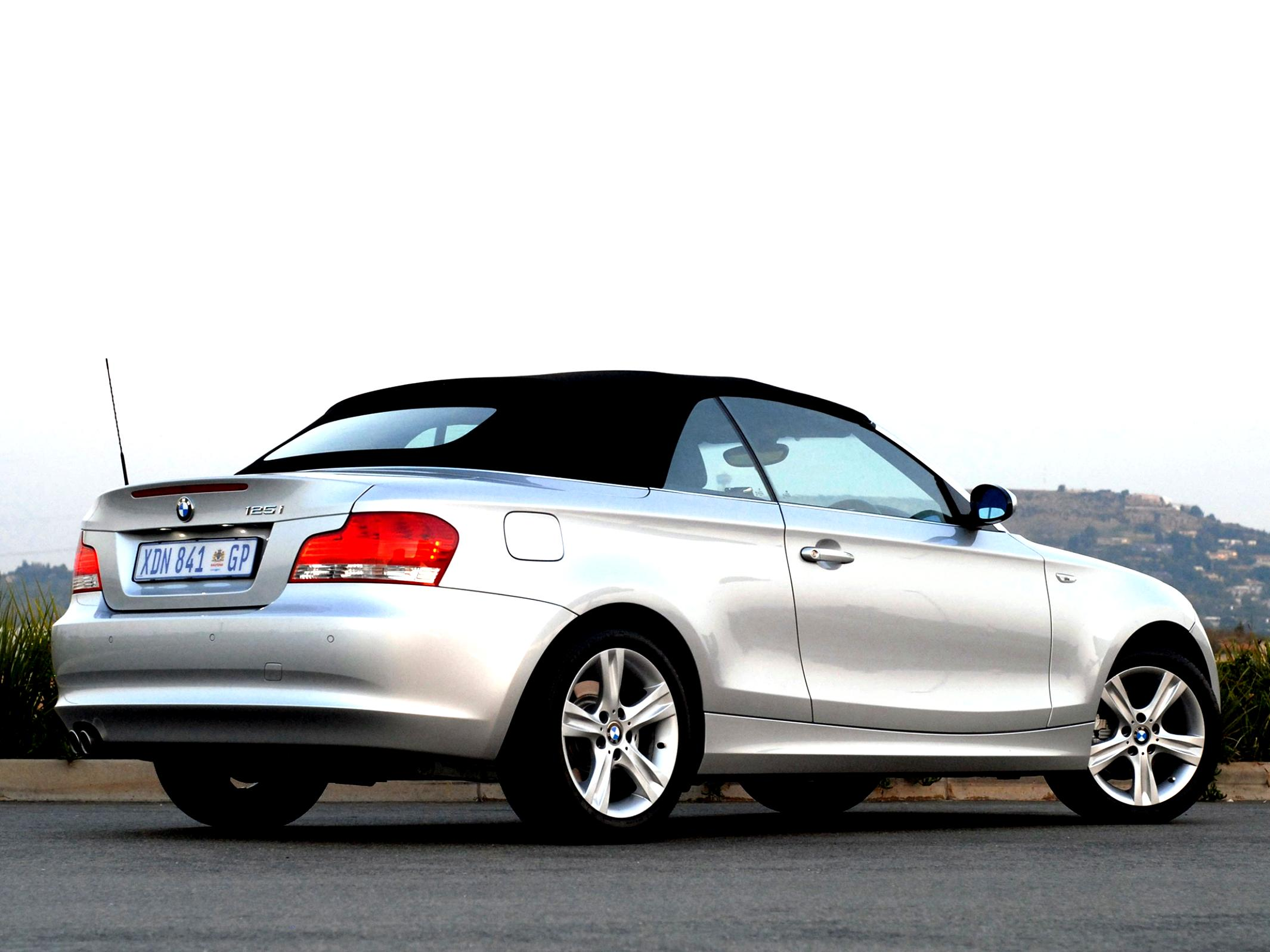 BMW 1 Series Cabriolet E88 2010 #12
