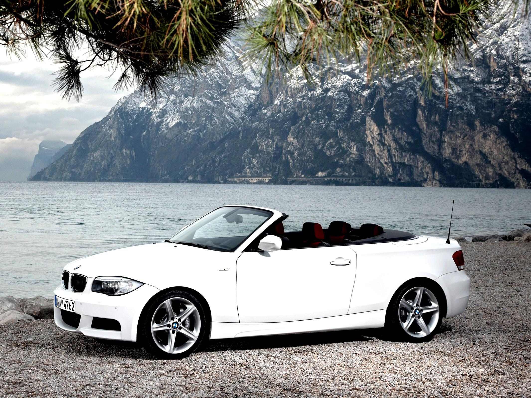 BMW 1 Series Cabriolet E88 2010 #20