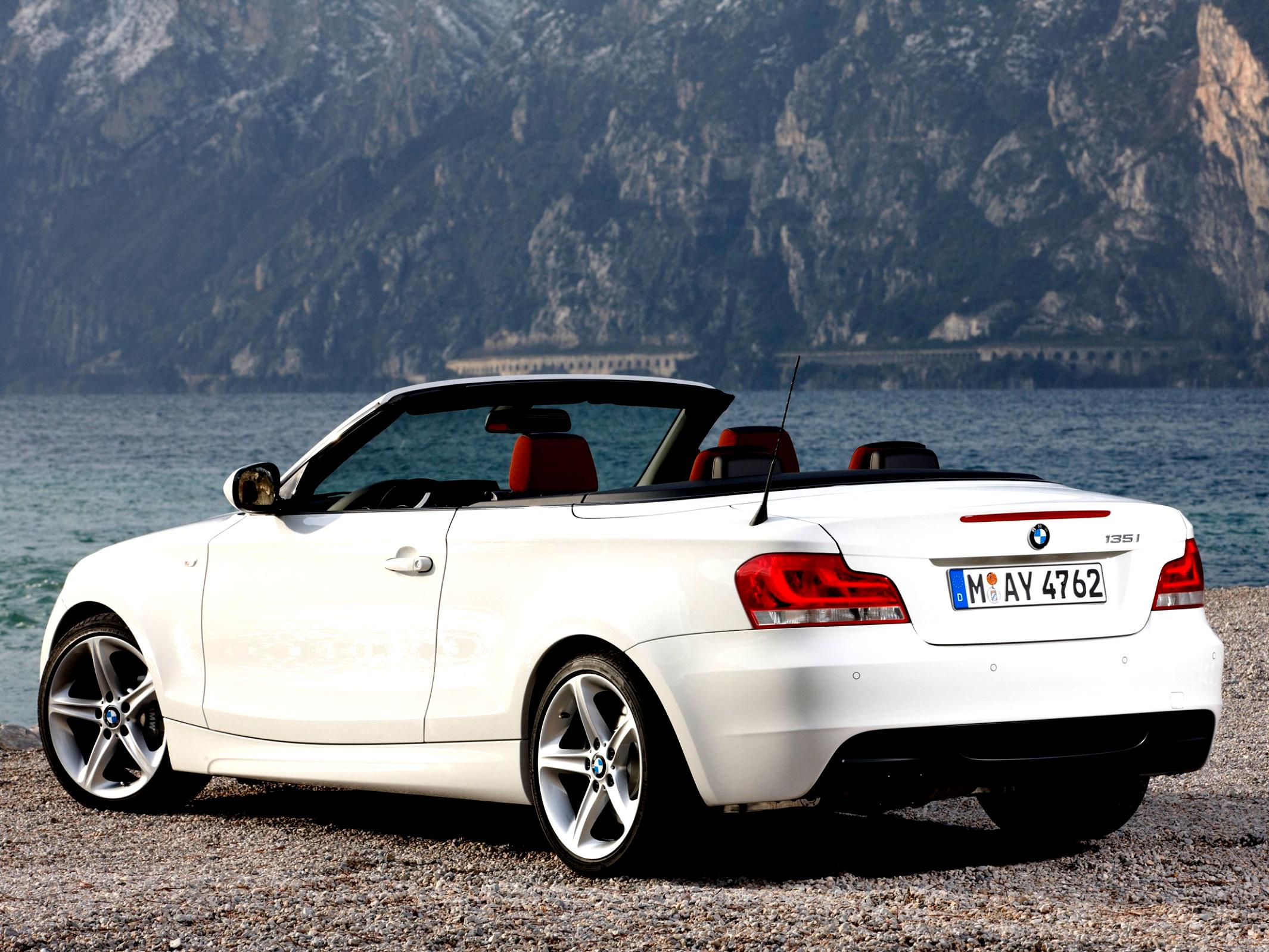 BMW 1 Series Cabriolet E88 2010 #21