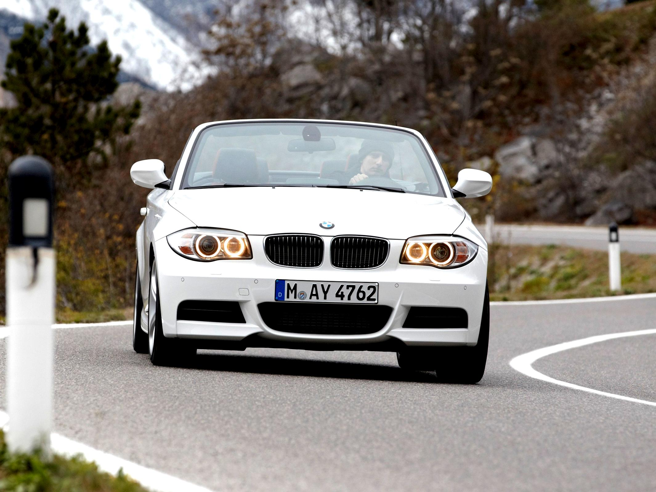 BMW 1 Series Cabriolet E88 2010 #23