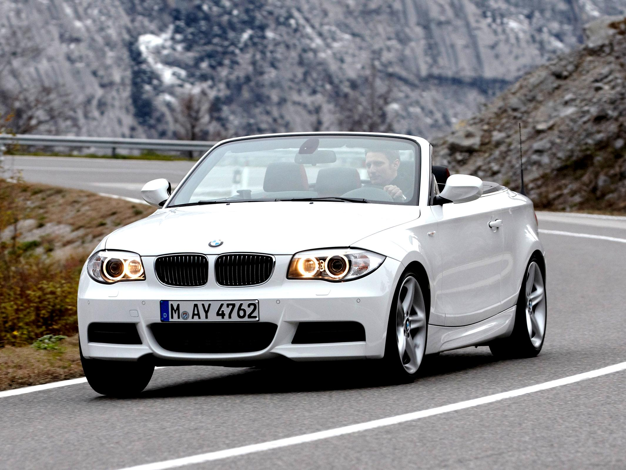 BMW 1 Series Cabriolet E88 2010 #24
