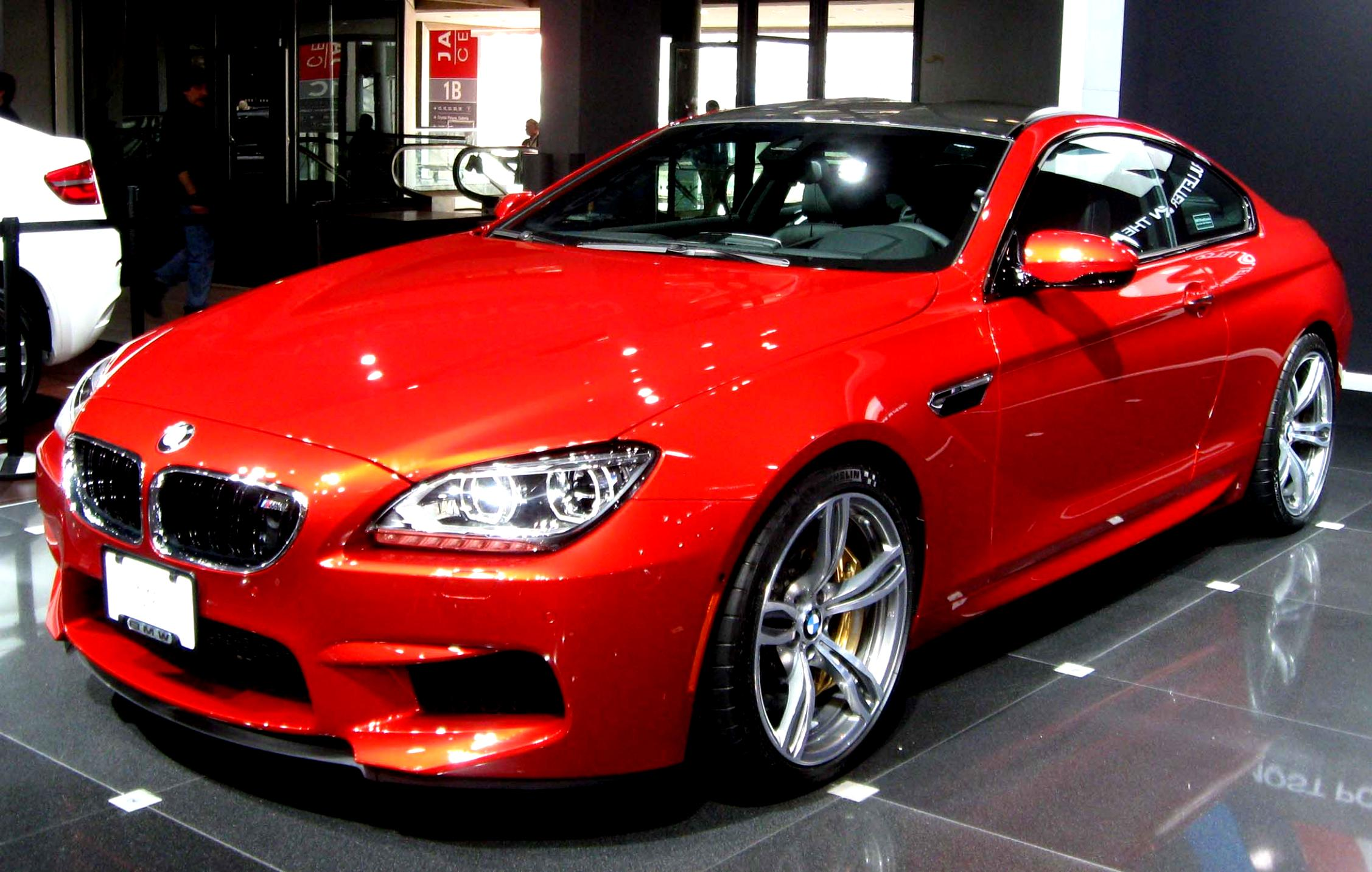 BMW M6 Coupe E63 2005 on MotoImg.com
