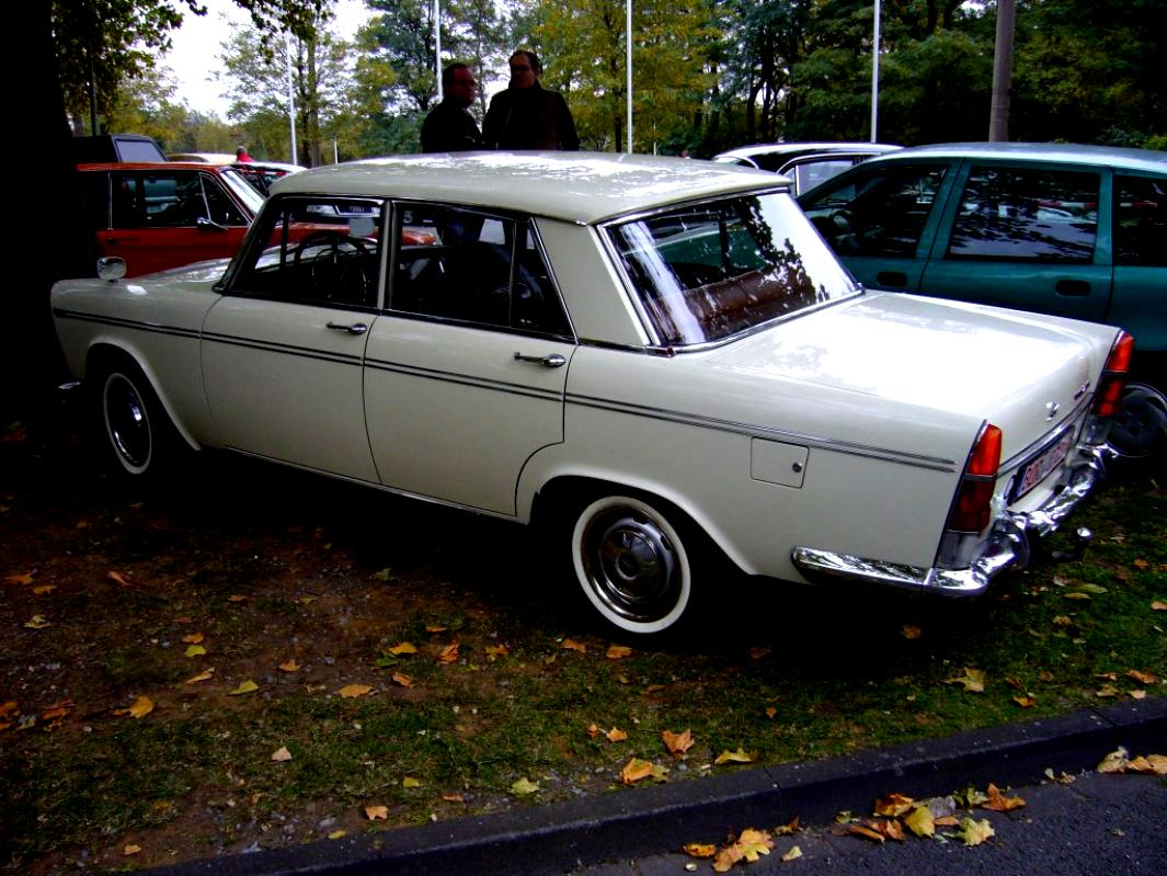 fiat 2300 saloon 1961 on motoimgcom