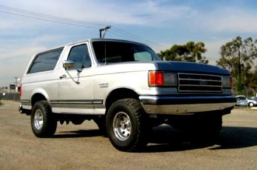 Ford Bronco 1980 #8