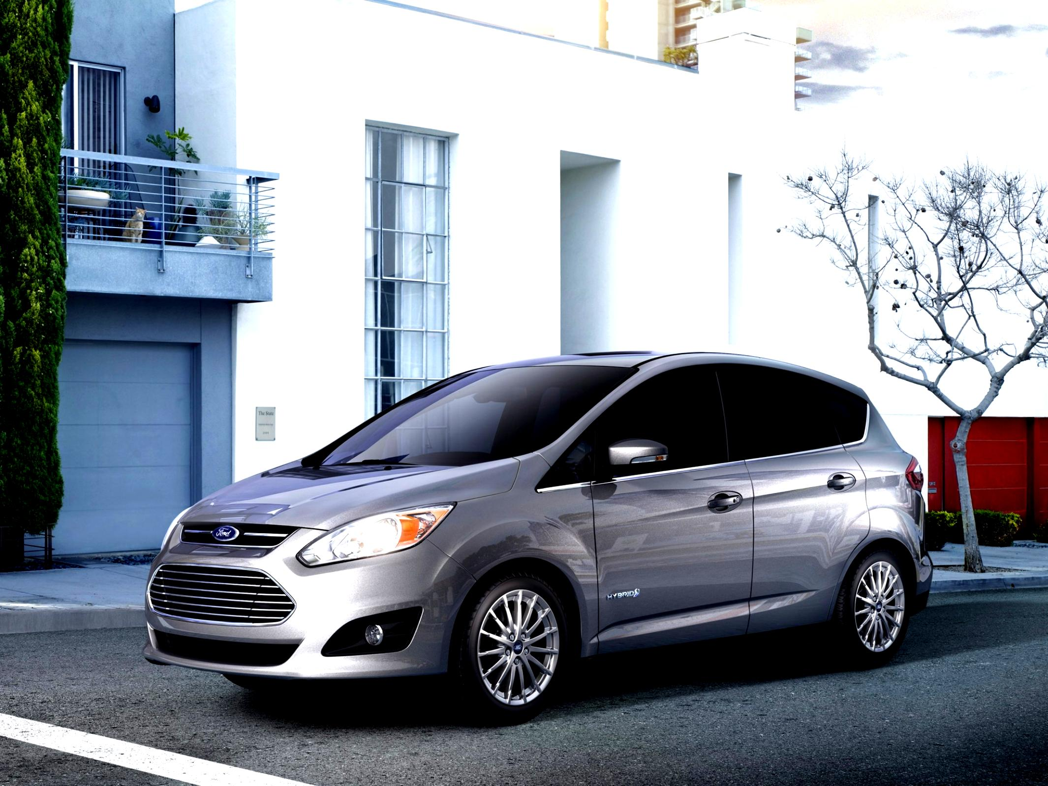 Ford C-MAX Hybrid Reviews: Research New & Used Models ...