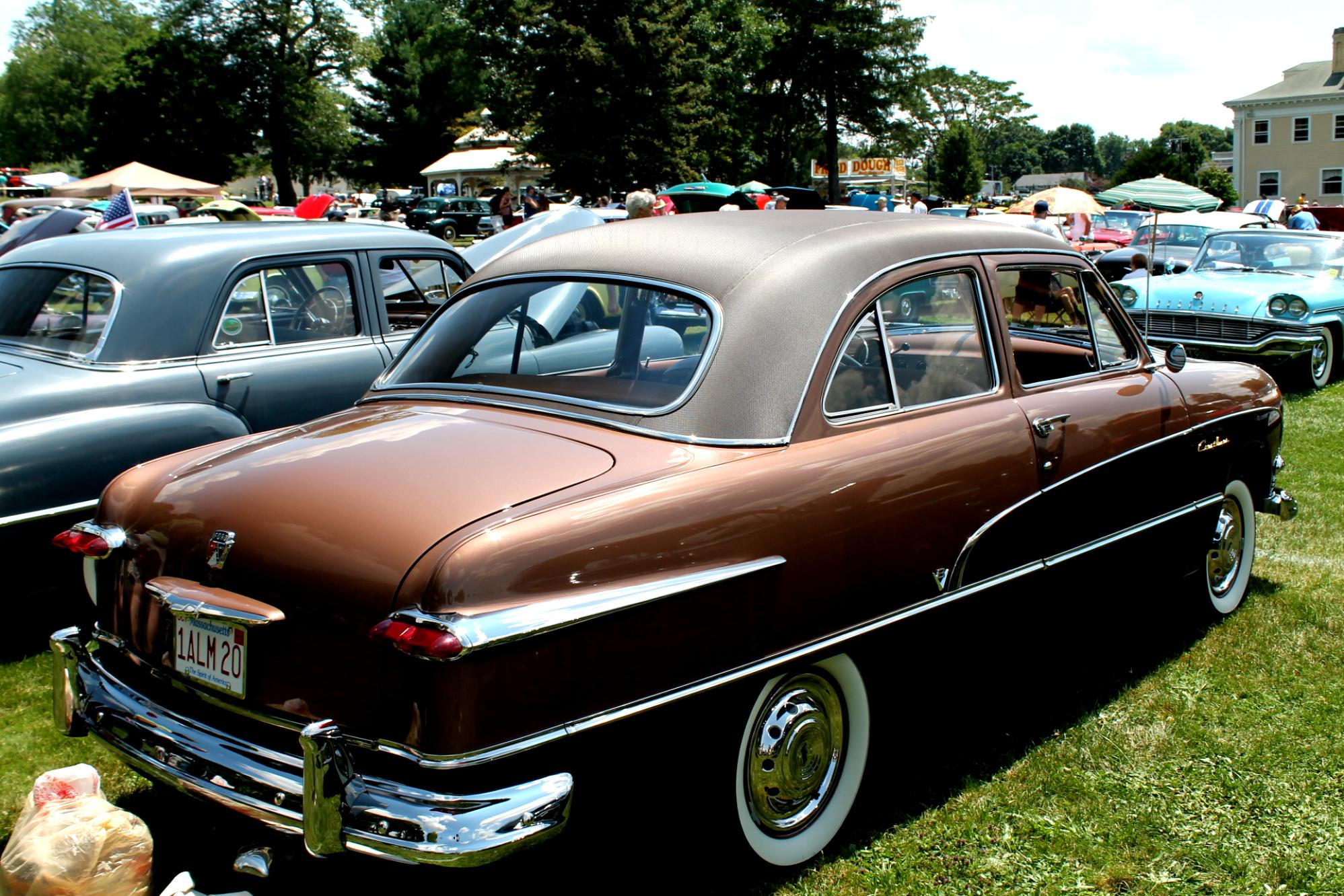 Ford Crestliner 1949 On Crown Victoria