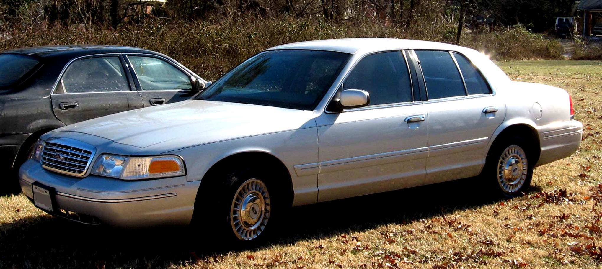 Ford Crown Victoria 1998 #1