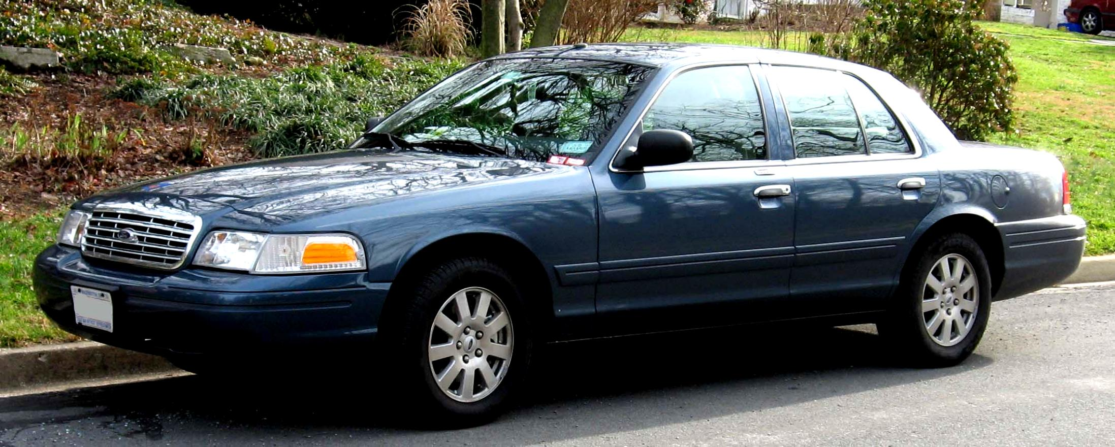 Ford Crown Victoria 1998 #2