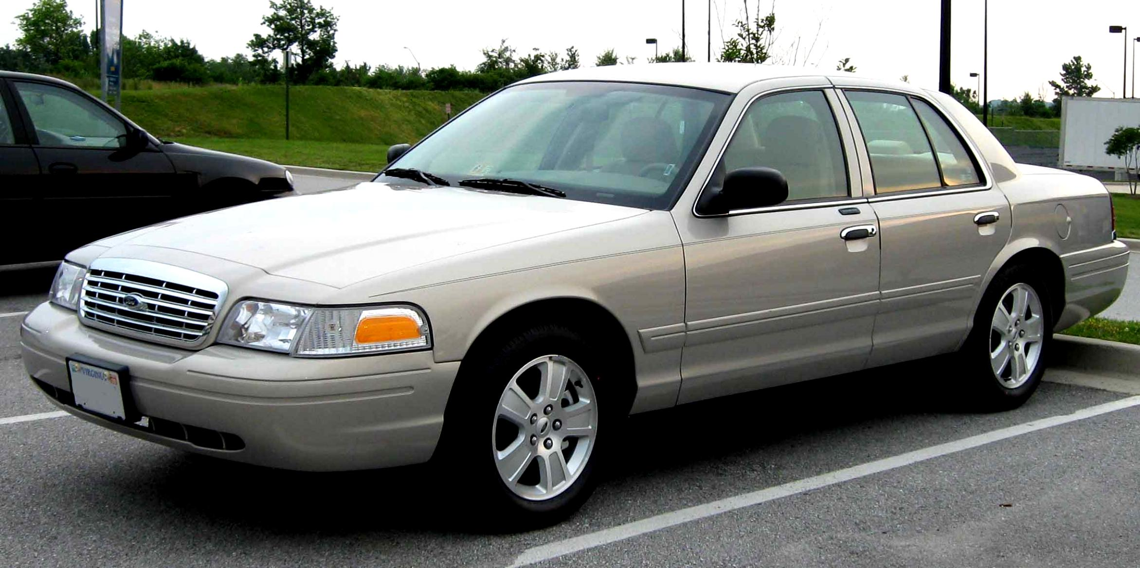 Ford Crown Victoria 1998 #4