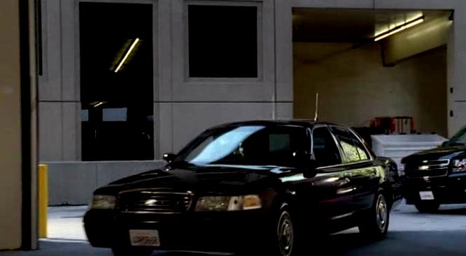 Ford Crown Victoria 1998 #13