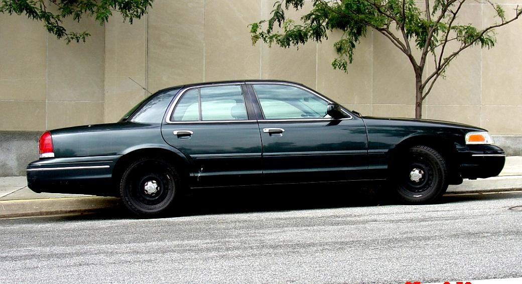 Ford Crown Victoria 1998 #15