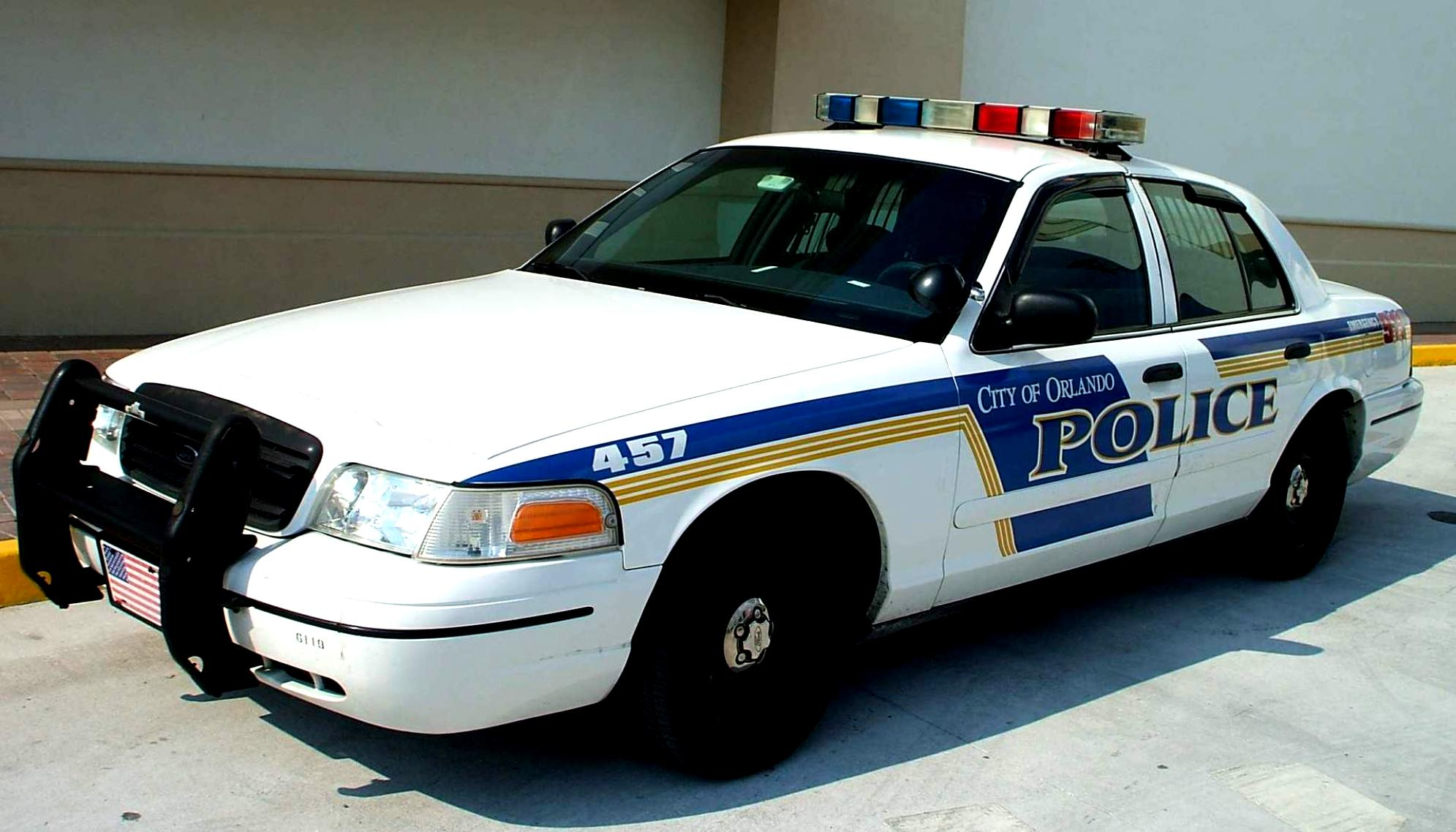 Ford Crown Victoria 1998 #25