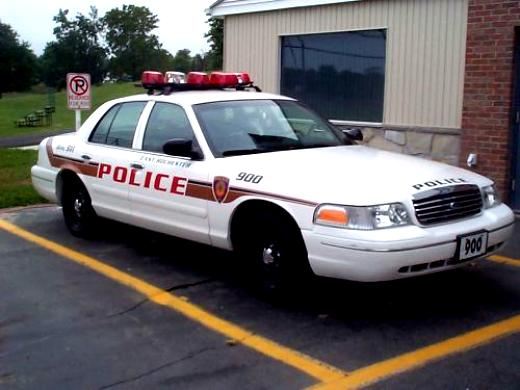 Ford Crown Victoria 1998 #32