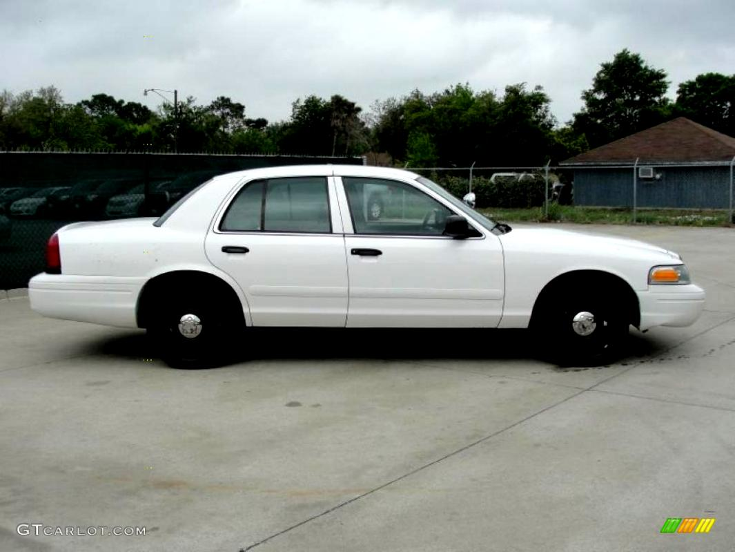 Ford Crown Victoria 1998 #33
