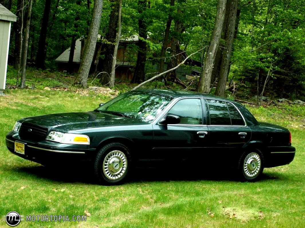 Ford Crown Victoria 1998 #34