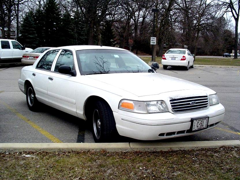 Ford Crown Victoria 1998 #36