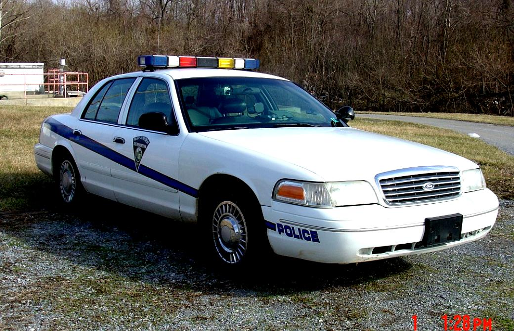 Ford Crown Victoria 1998 #37