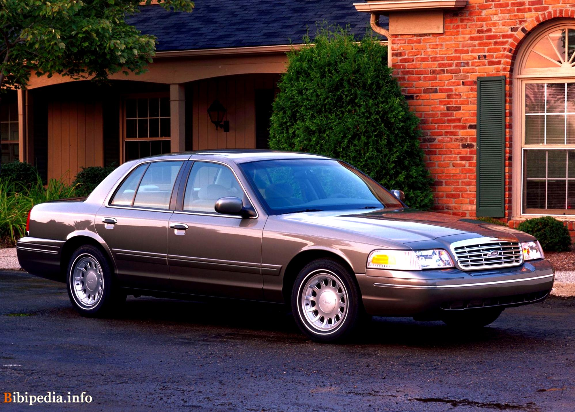 Ford Crown Victoria 1998 #44