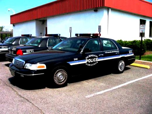 Ford Crown Victoria 1998 #52
