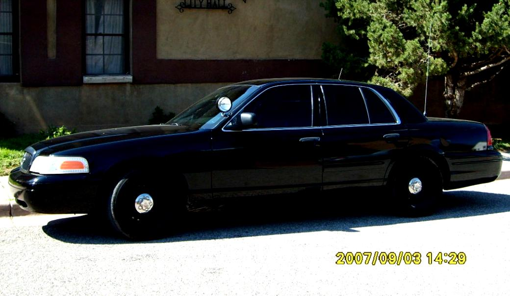 Ford Crown Victoria 1998 #56