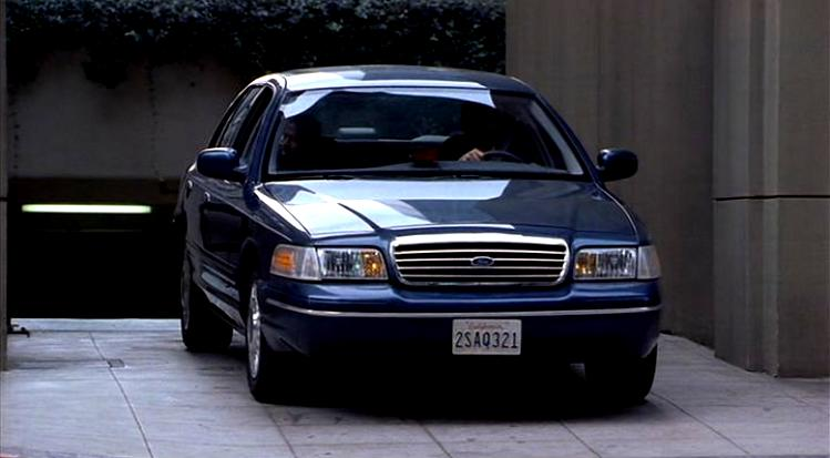 Ford Crown Victoria 1998 #64