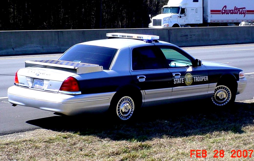 Ford Crown Victoria 1998 #69