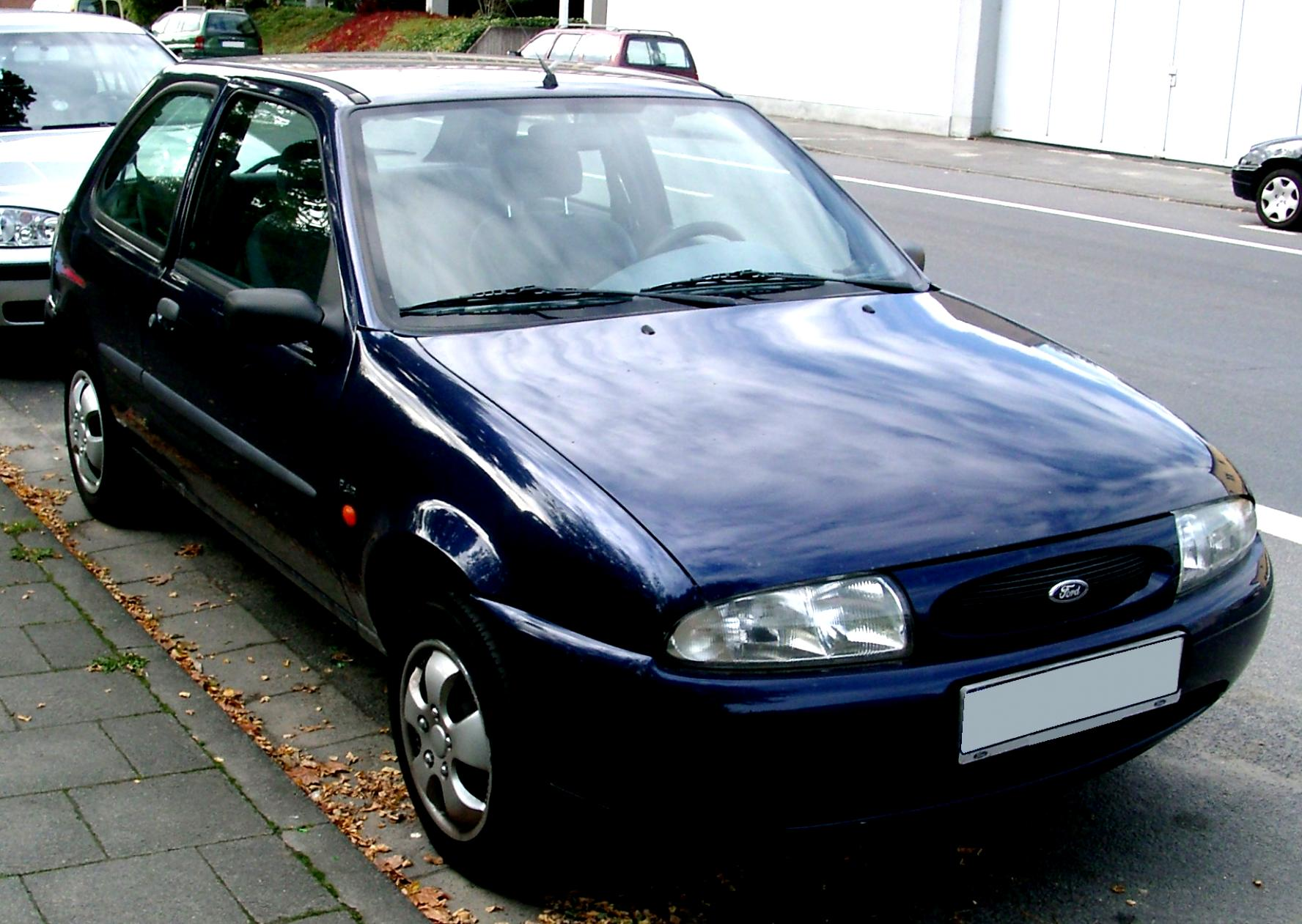Ford Escort 3 Doors 1995 #4