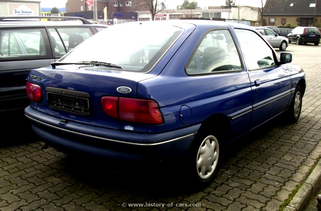 Ford Escort 3 Doors 1995 #10