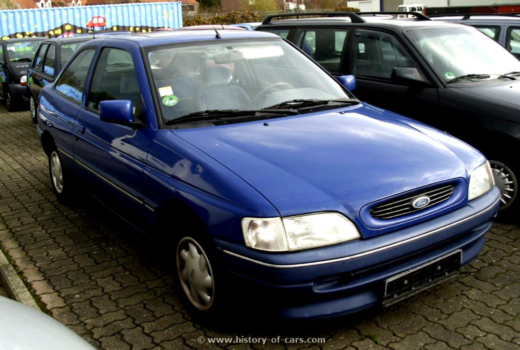 Ford Escort 3 Doors 1995 #11