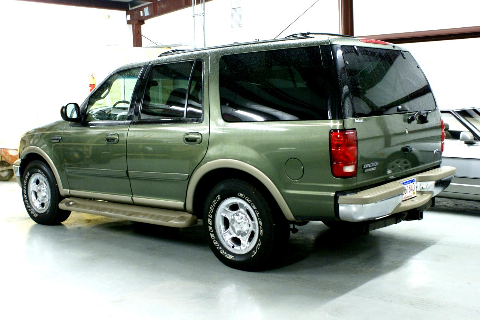Ford Expedition 2002 #31