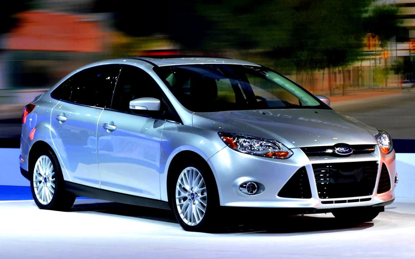 Ford Focus Sedan 2014 #9