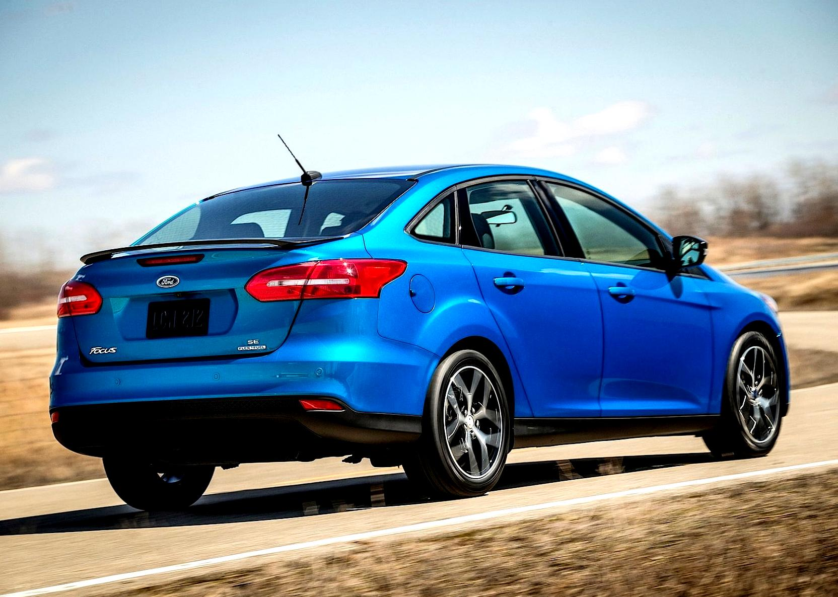 Ford Focus Sedan 2014 #29