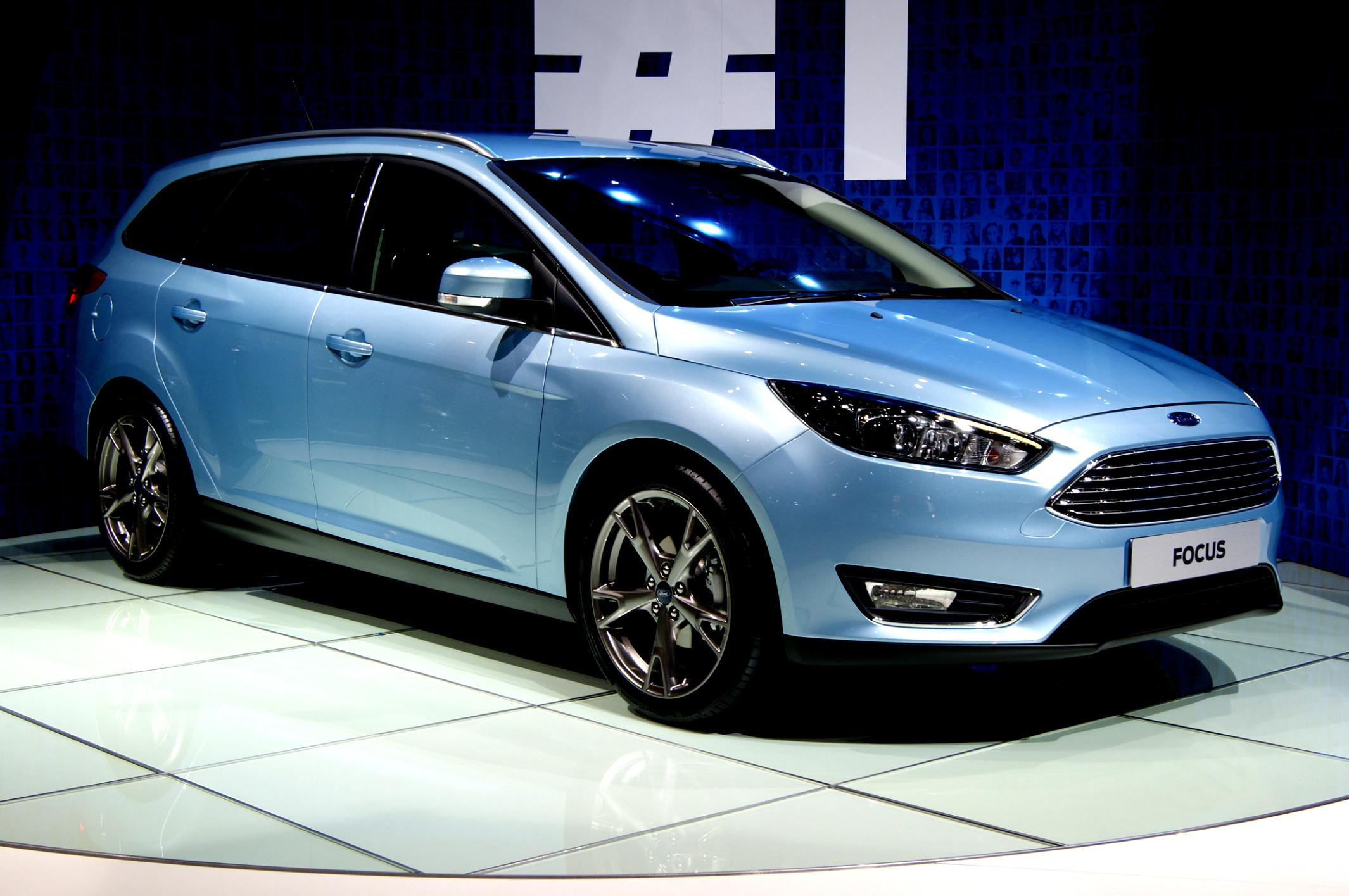 Ford Focus Wagon 2011 #11