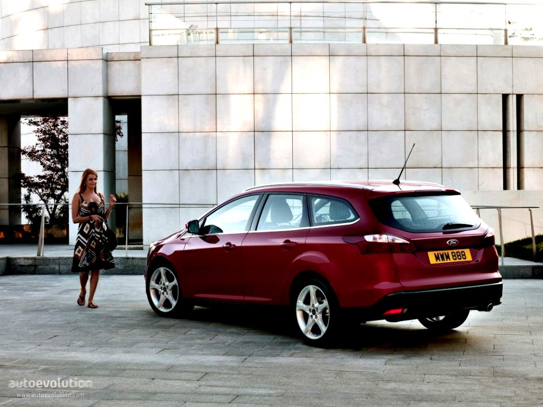 Ford Focus Wagon 2011 #18