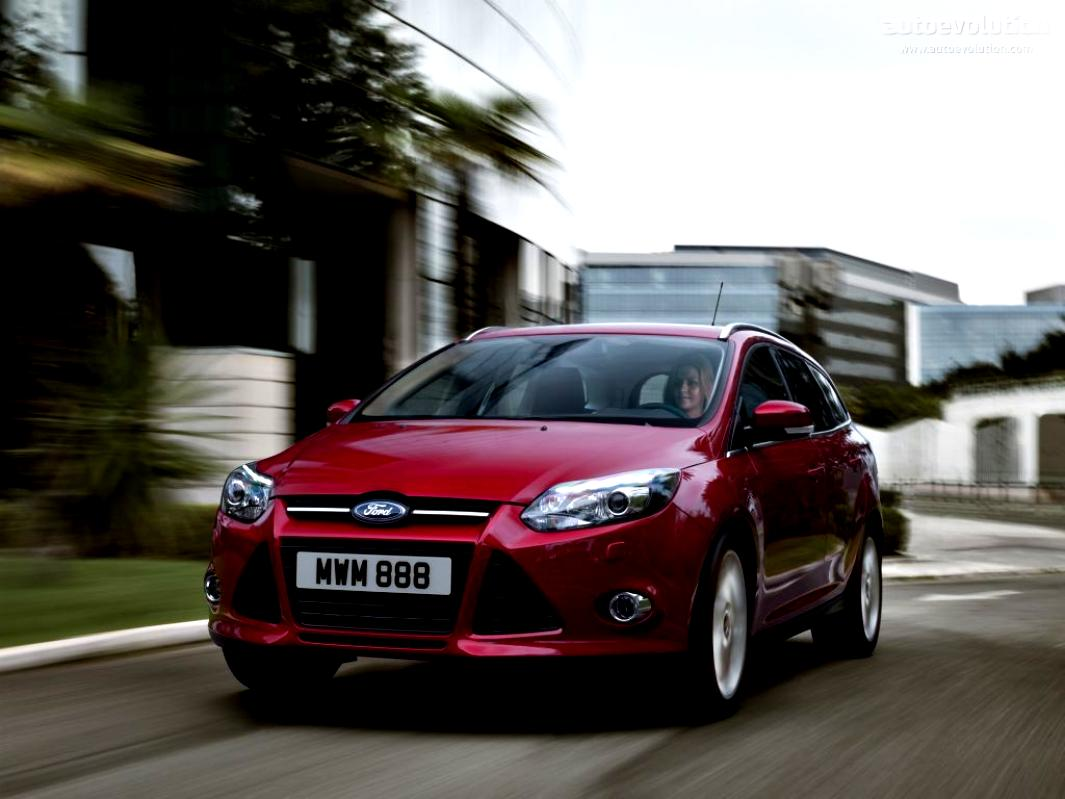 Ford Focus Wagon 2011 #19