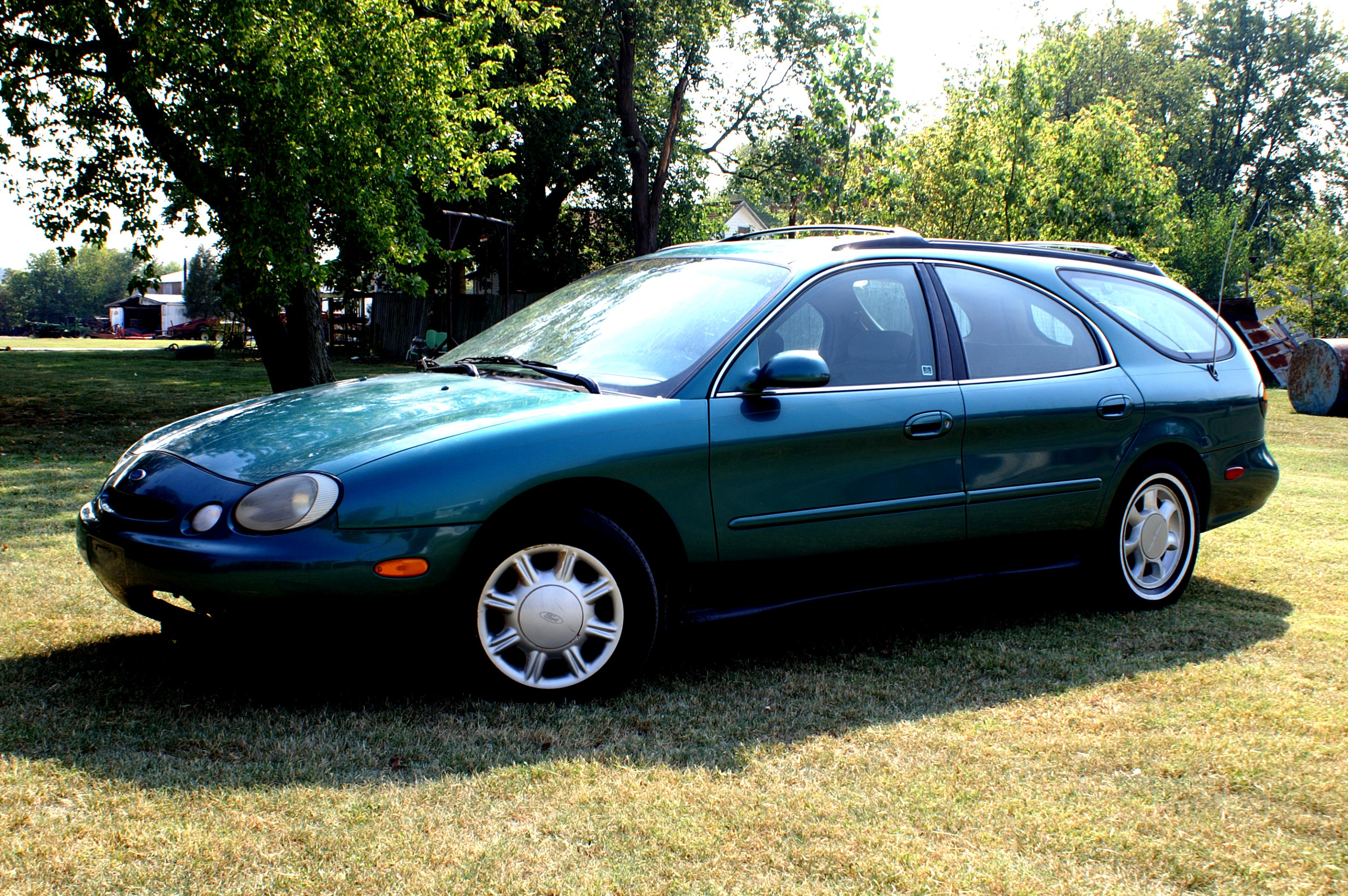 Ford taurus wagon 1995 5