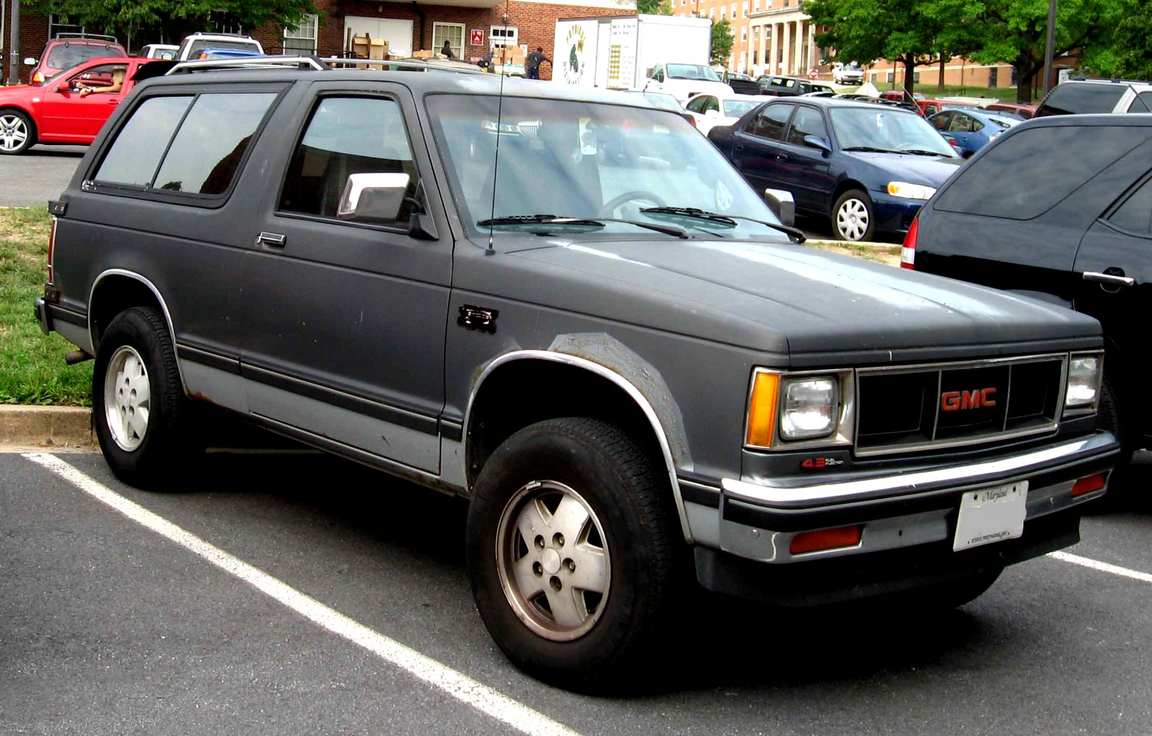 gmc jimmy 3 doors 1997 4