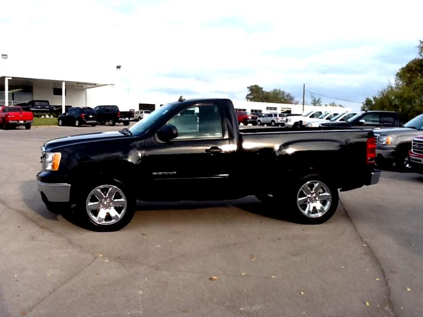 Gmc Sierra Regular Cab 2013 furthermore Reader Question Should I Buy A Chevy Silverado Hd 2500 Or 3500 For My Toy Hauler in addition 161029 Poll Keep Or Trade Your 2014 Back besides Discussion T50205 ds552562 together with Lexus Is 250 Sedan 2009 Wl0121. on 2009 gmc sierra 1500 mpg