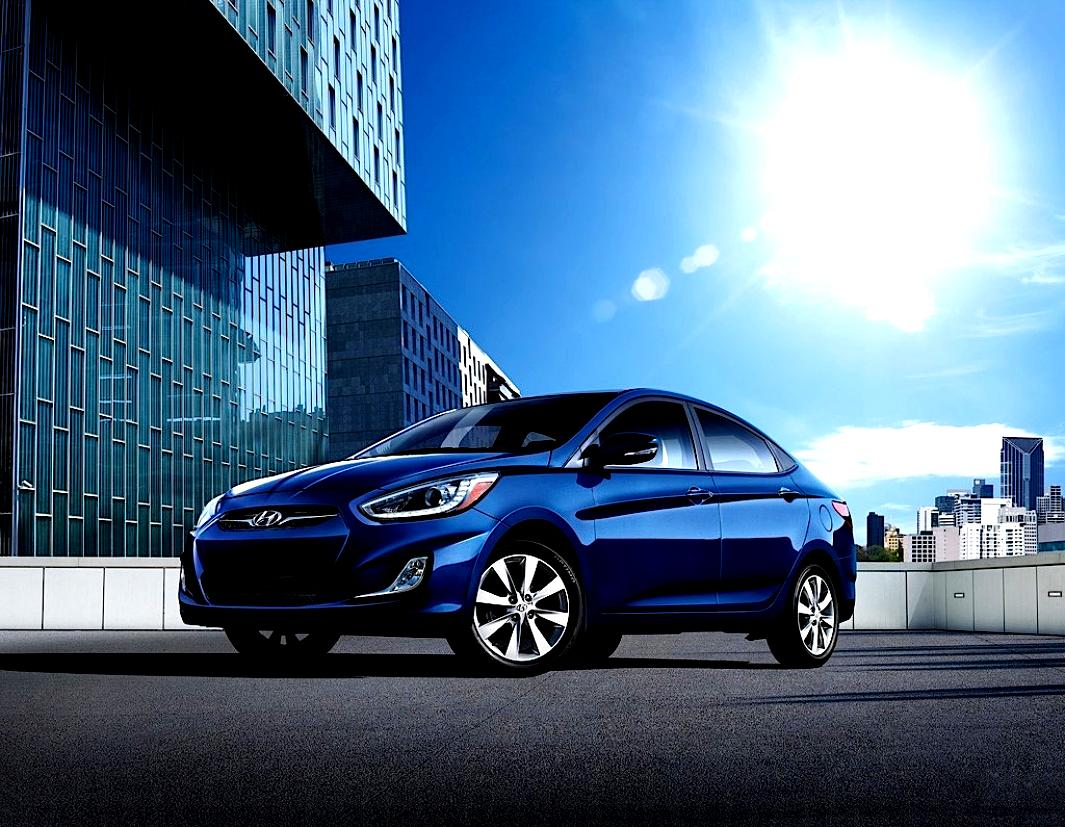 Hyundai Accent 4 Doors 2011 Photos 28 On Motoimg Com