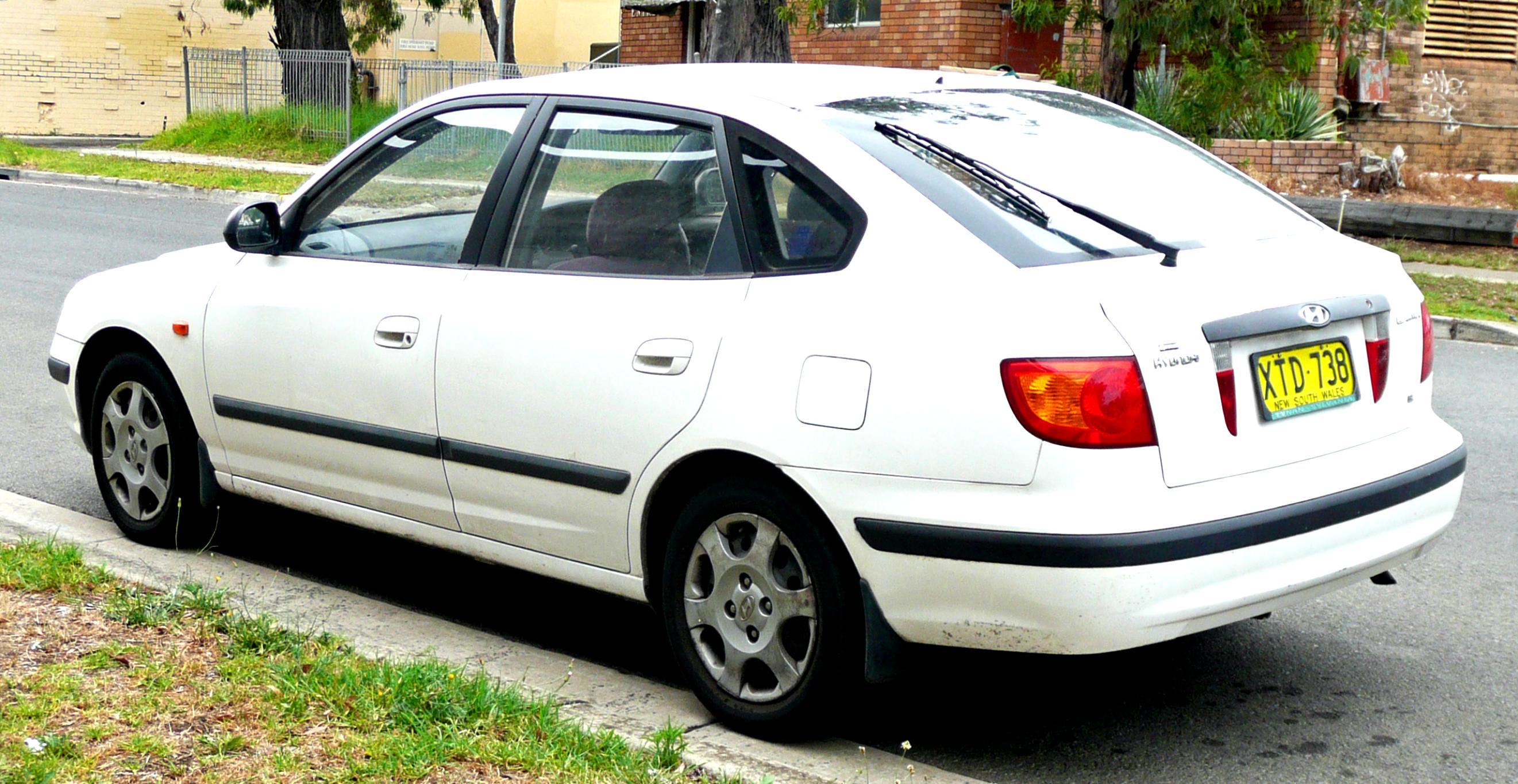 Hyundai Elantra 4 Doors 2000