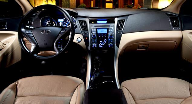 Hyundai Sonata Hybrid 2010