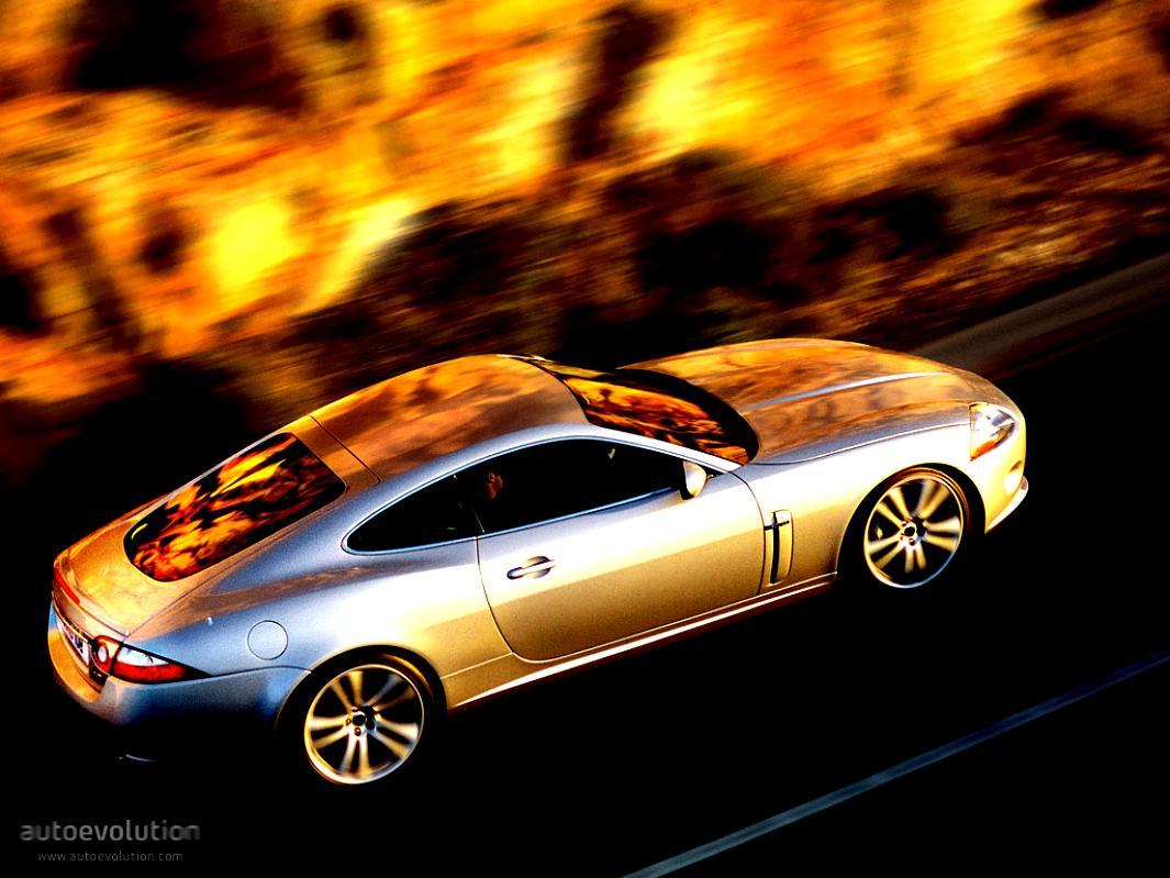 Jaguar XK 2006 on MotoImg.com