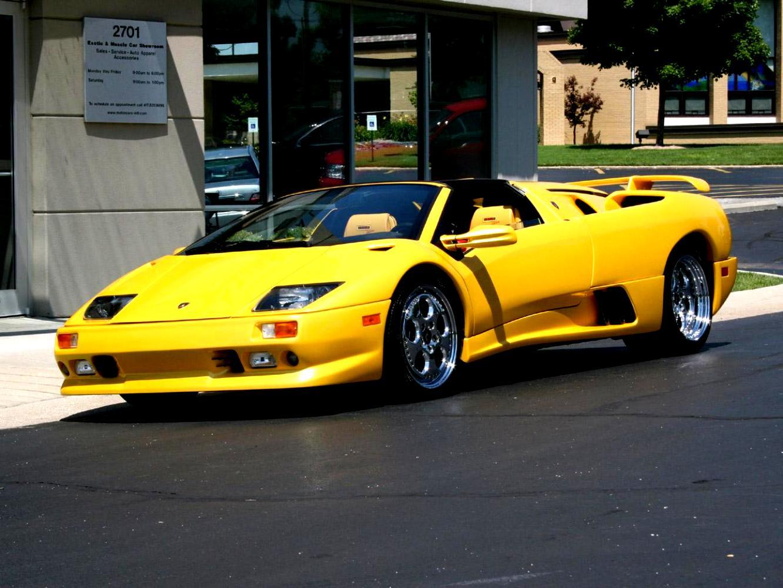 https://motoimg.com/images/lamborghini-diablo-roadster-1996-01.jpg