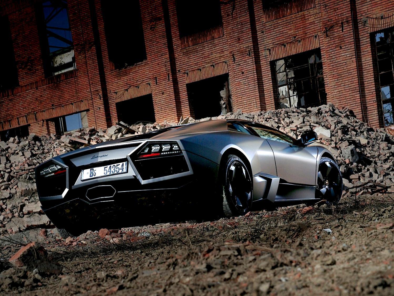 lamborghini veneno ground clearance with Lamborghini Reventon 2008 on Super Car further Lamborghini Veneno 65 V12750 Hp 2013 also Lamborghini Reventon 2008 in addition 759912137096473935 as well 2013 Lamborghini Aventador Lp 720 4 50 Anniversario.